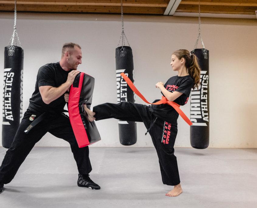 Training Kinder - Krav Maga Defcon Singen - Sportakademie Baumann - Robin Baumann