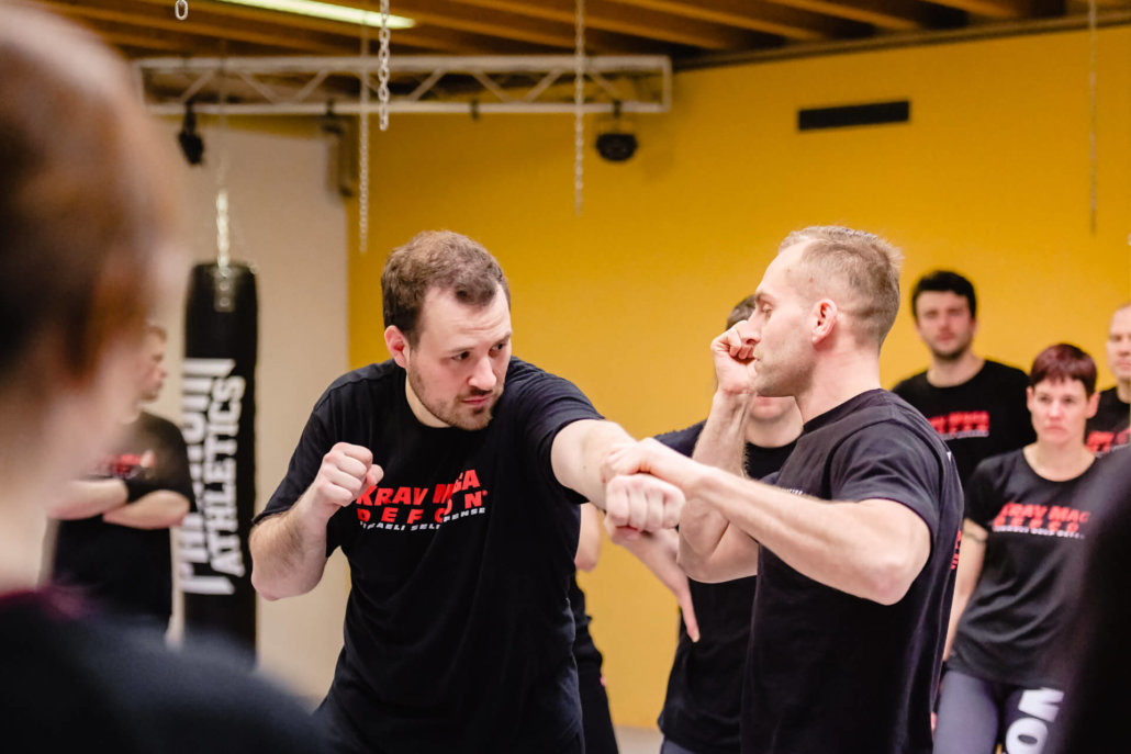 Training - Krav Maga Defcon