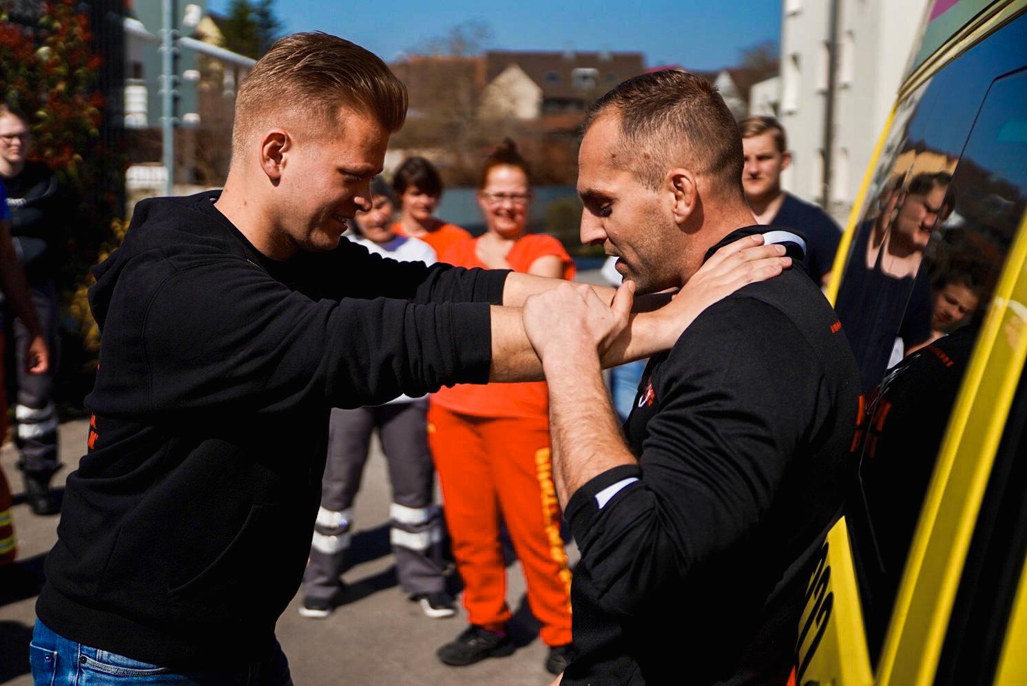 Sportakademie Baumann Krav Maga Defcon Car Defence