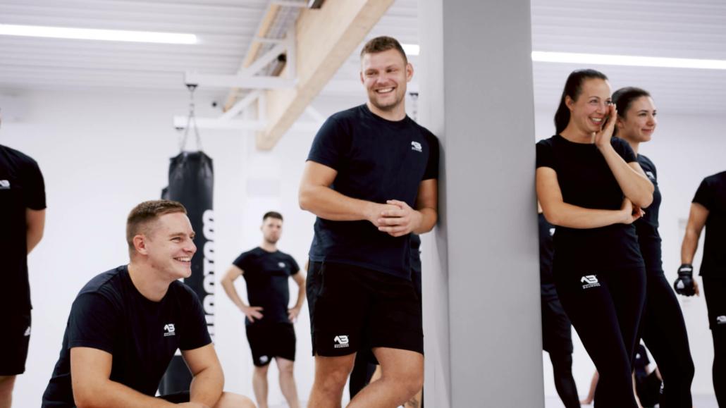 Selbstverteidigung, Kampfsport, Fitness – Sportakademie Baumann Krav Maga Singen